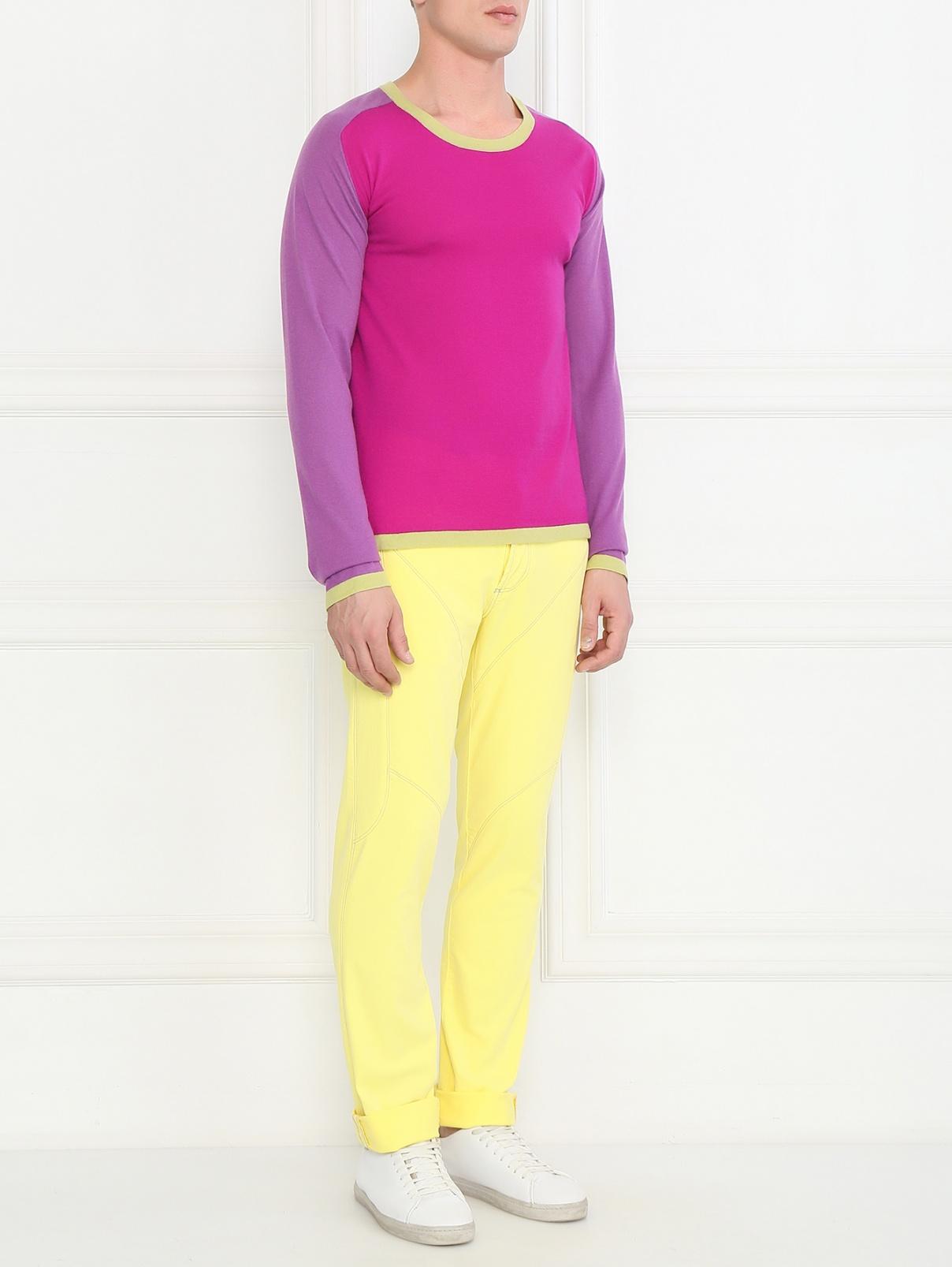 Джинсы с контрастной строчкой узкого кроя Belfe  –  Модель Общий вид  – Цвет:  Желтый
