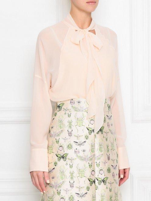 Блуза из шелка с v-образной горловиной - МодельВерхНиз