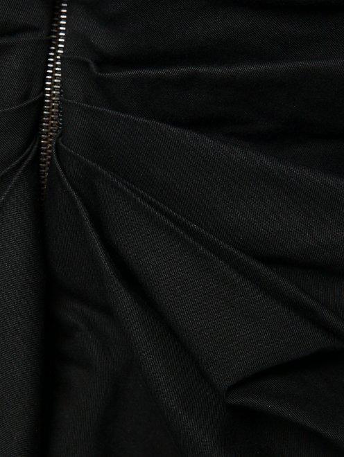 Юбка-мини с драпировкой и застежкой-молнией - Деталь