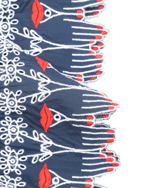 Платье-мини из хлопка с контрастной вышивкой - Деталь1