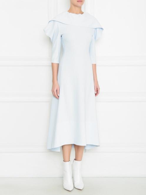 Платье макси с металлическими пуговицами и ассиметричным воротником  - МодельВерхНиз