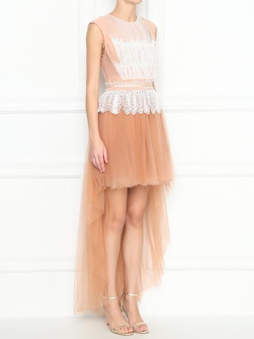 Платье асимметричного кроя с кружевной отделкой - МодельВерхНиз