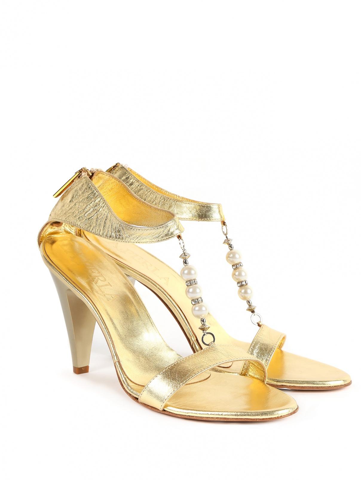 Босоножки из кожи на высоком каблуке с декором La Perla  –  Общий вид  – Цвет:  Золотой