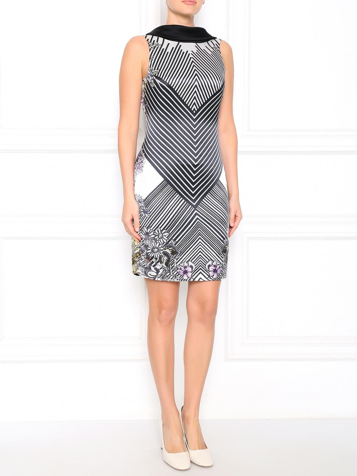 Платье с открытой спиной и узором Caractere  –  Модель Общий вид  – Цвет:  Черный