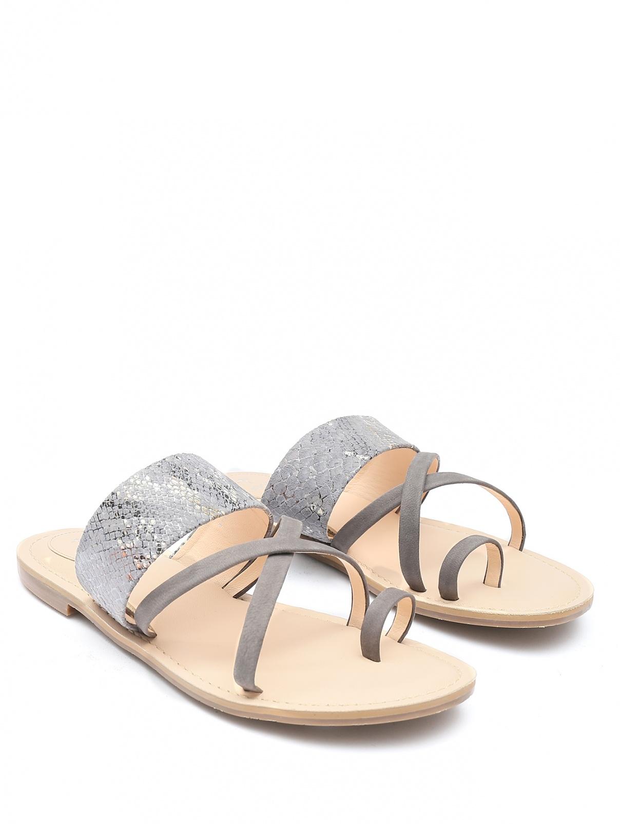 Комбинированные сандалии из кожи с узором Joop!  –  Общий вид  – Цвет:  Серый