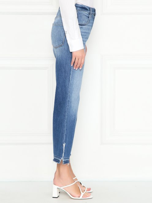 Укороченные джинсы с бахромой - МодельВерхНиз2