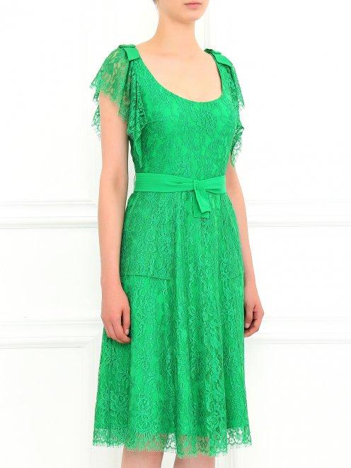 Платье-миди из кружева с поясом - Модель Верх-Низ