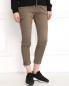 Укороченные брюки из хлопка с боковыми накладными карманами CLOSED  –  Модель Верх-Низ