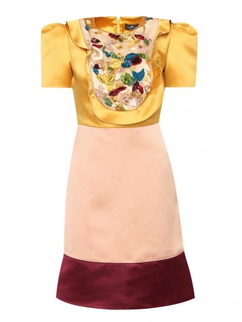 Платье из атласа с отделкой пайетками - Общий вид